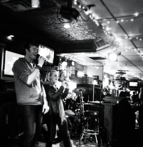 Max me karaoke